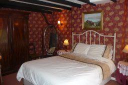 Downstairs-bedroom-255x170